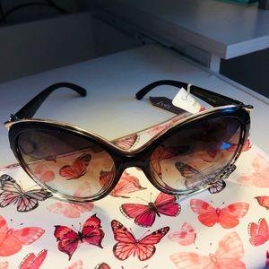 ❤️Classy  Jessica Simpson sunglasses, never worn